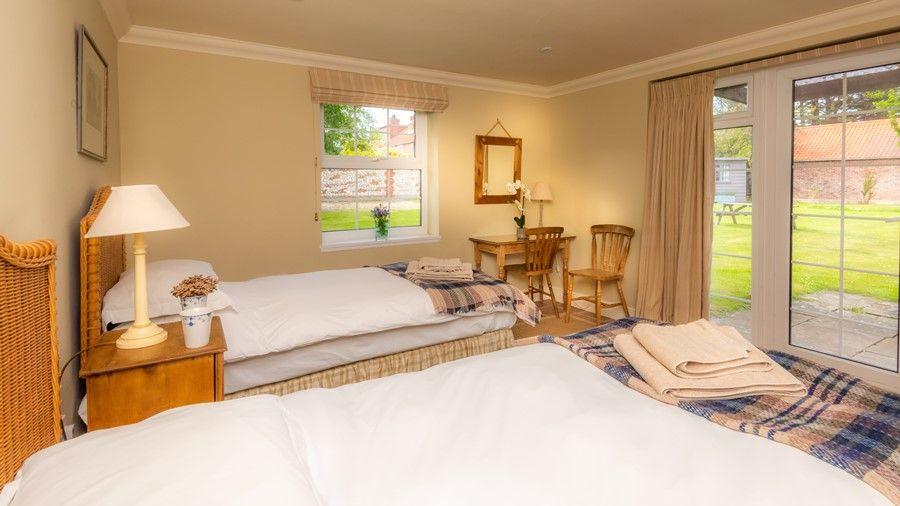 Flagstaff West | Downstairs bedroom