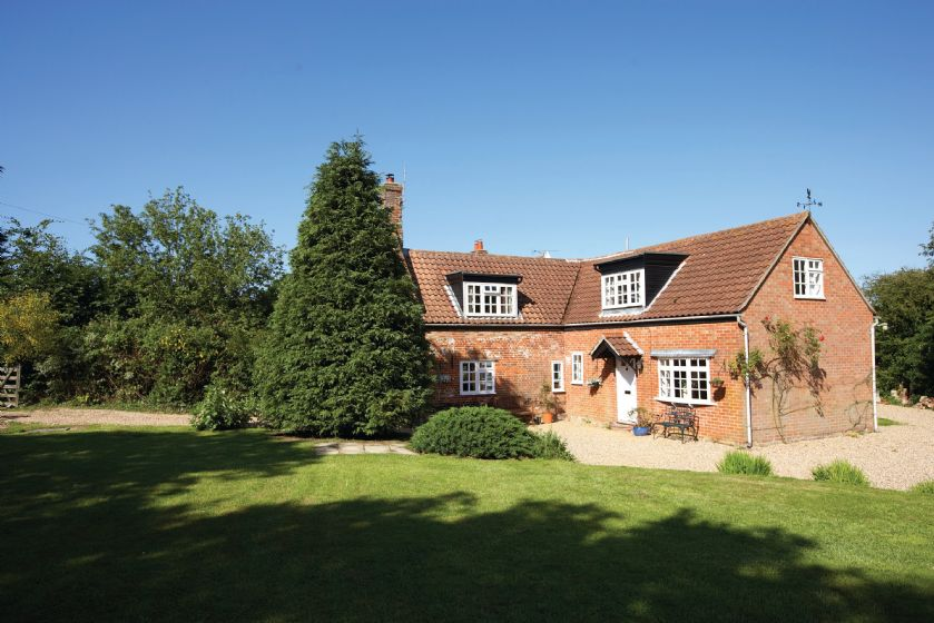 Peak Hill Cottage,  a delightful detached cottage set in quiet woodland, adjoining two farms