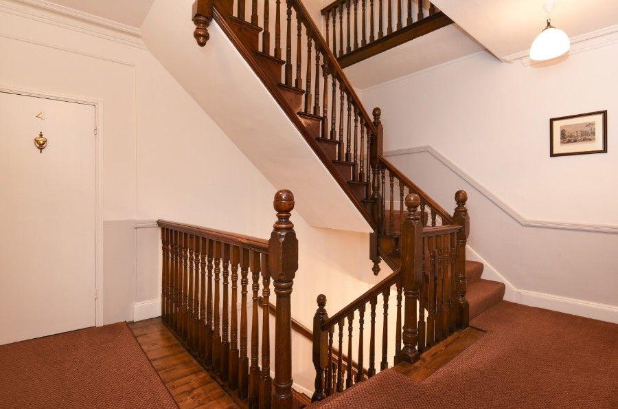 3 Monteagle | Staircase