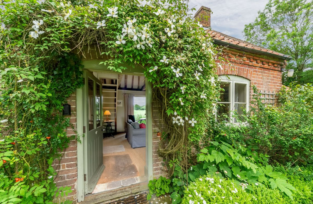 Acorn Cottage is a perfect for a romantic break for two