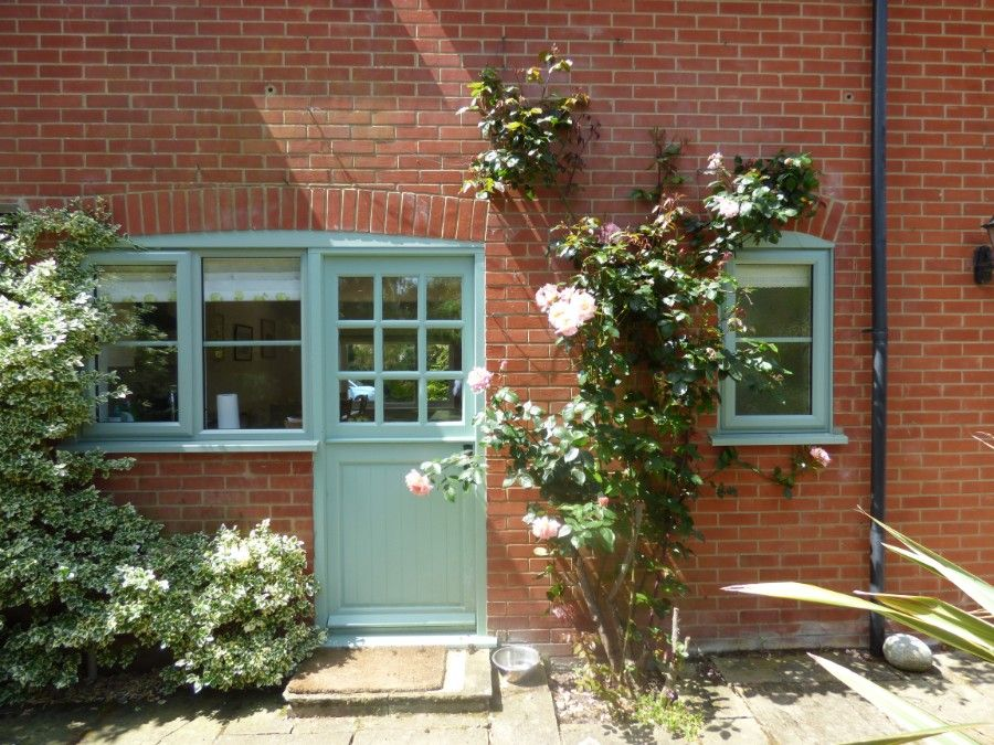 2 Hunts Cottages | Back door