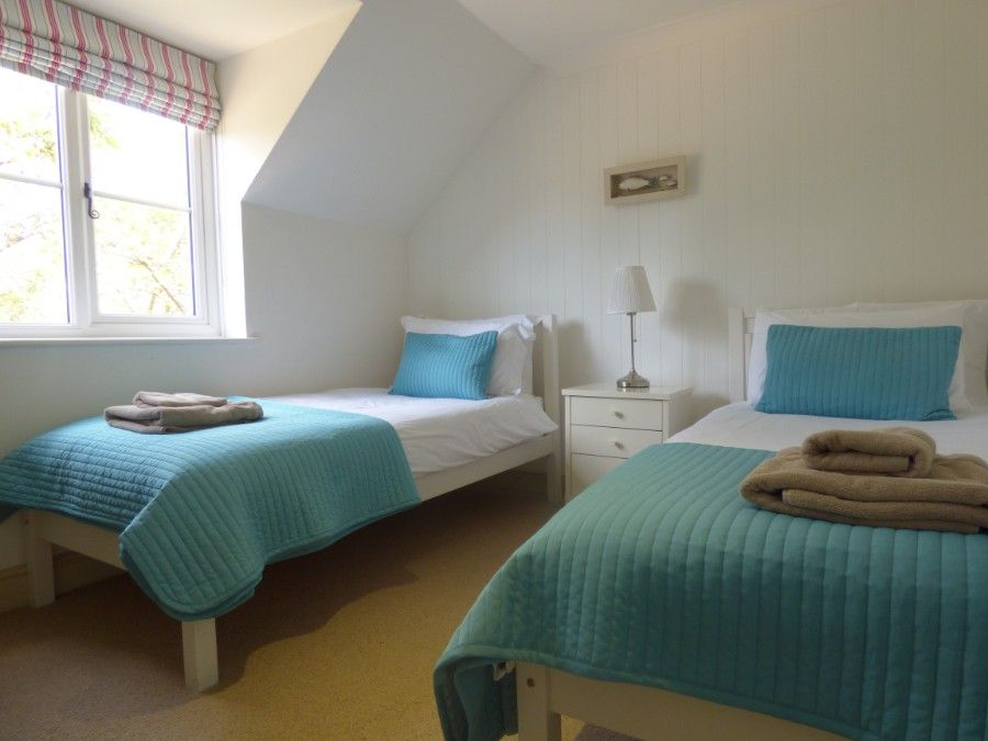 2 Hunts Cottages | Bedroom 3