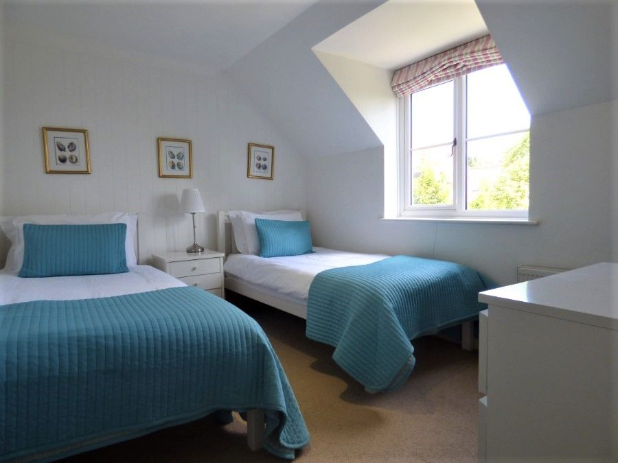 2 Hunts Cottages | Bedroom 2