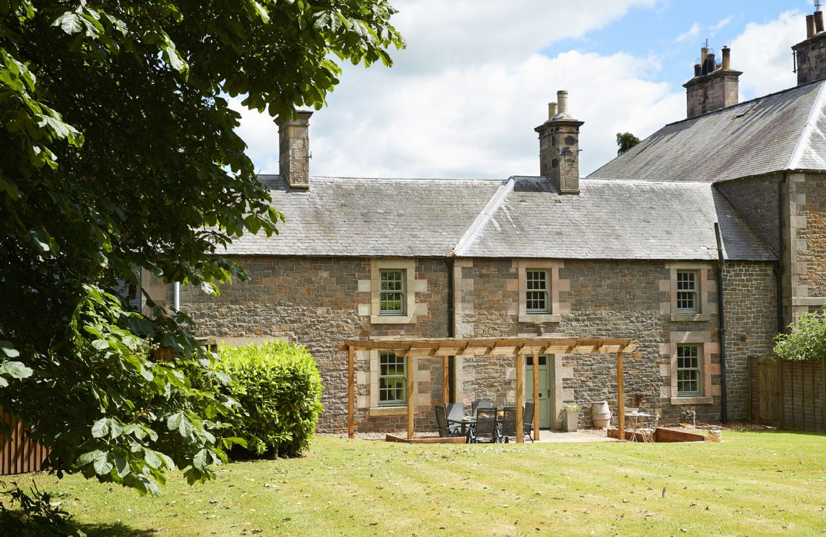 Courtyard House, Roxburghshire, Scotland