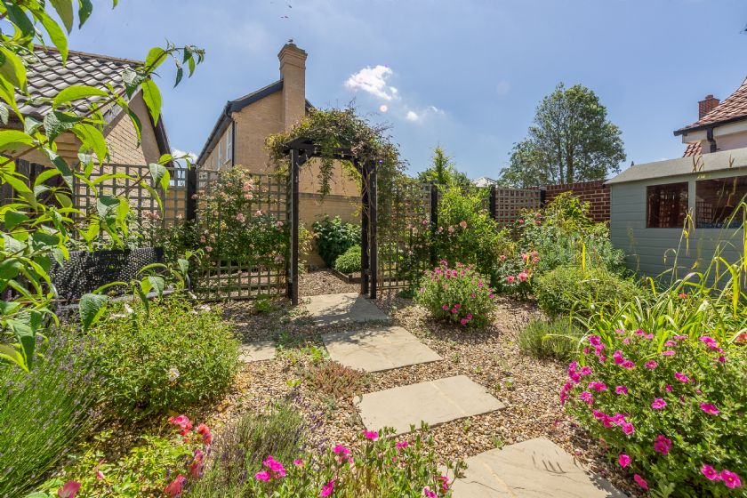 Briar Cottage has a beautiful garden at the rear for outside dining