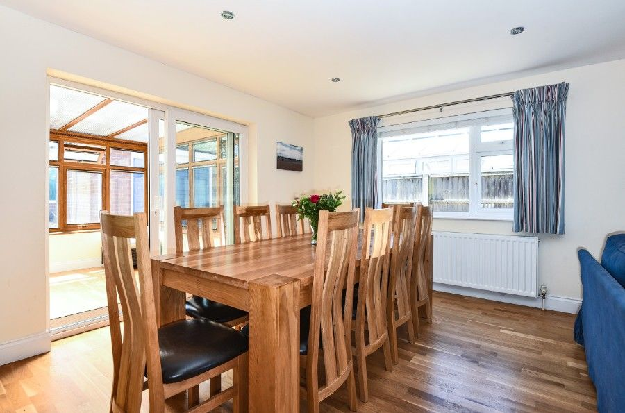 Sea Wood | Dining area