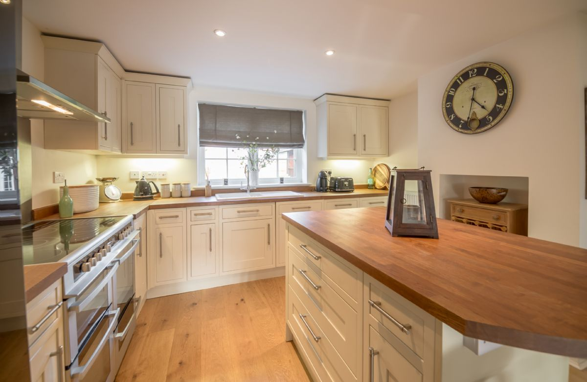 Ground floor:  Fully fitted kitchen with range cooker