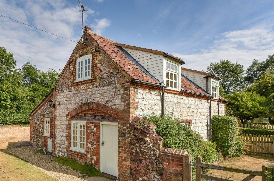 Garden Cottage | Front