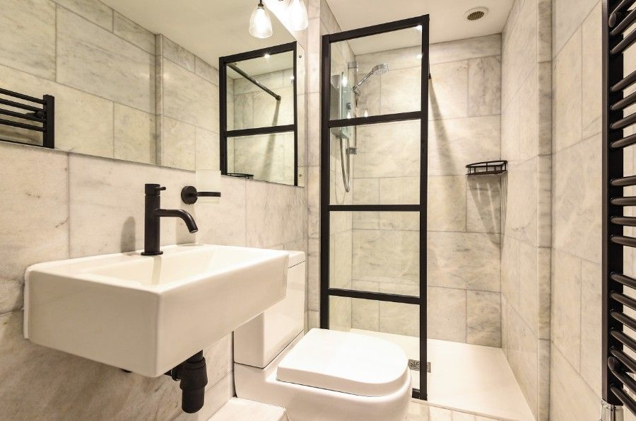 Shingle Cottage | Principal shower room