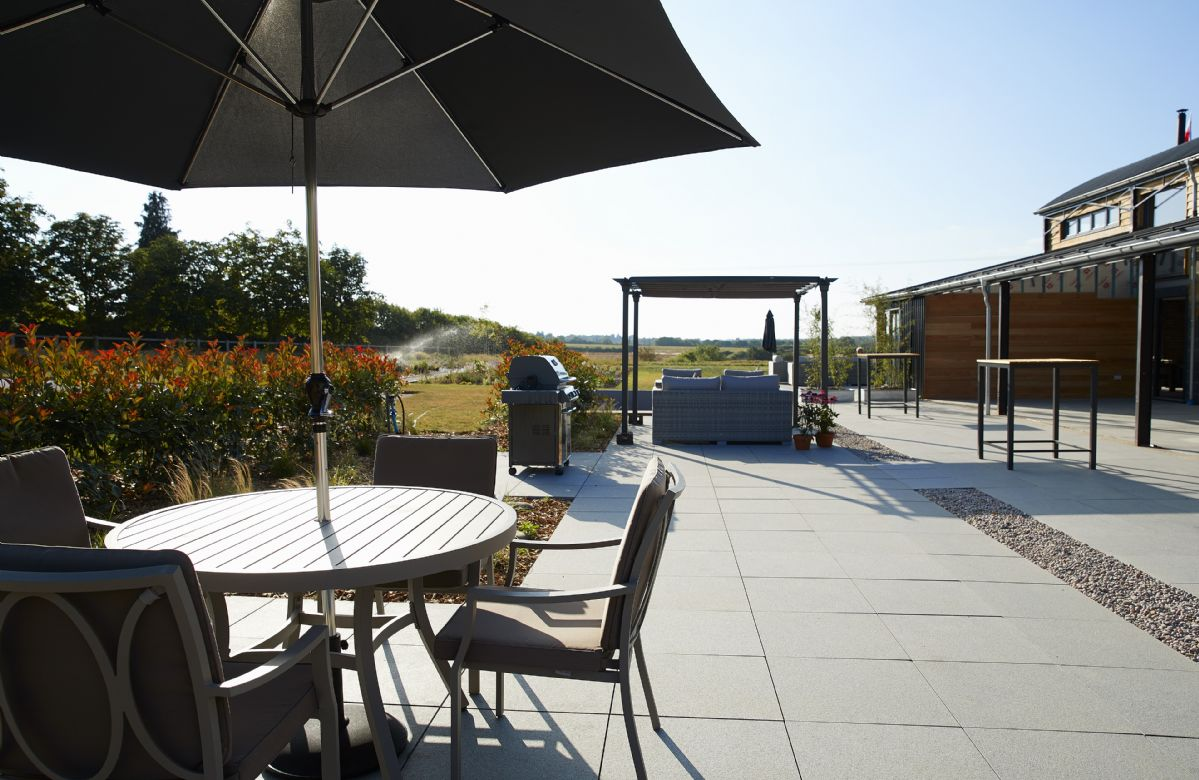 There are many outdoor dining areas to make the most of