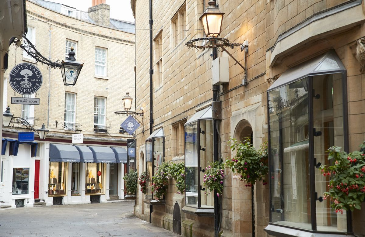 Explore Cambridge streets