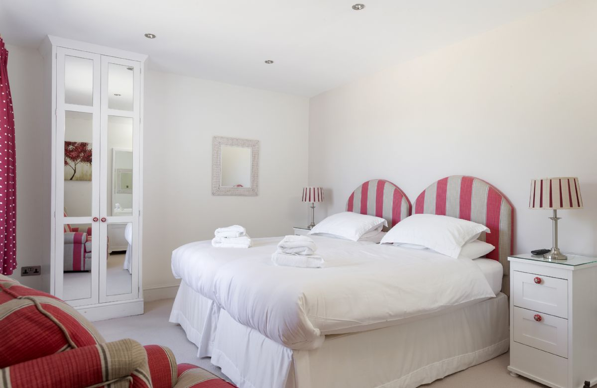 Ground floor:  Twin bedroom with views to open countryside.