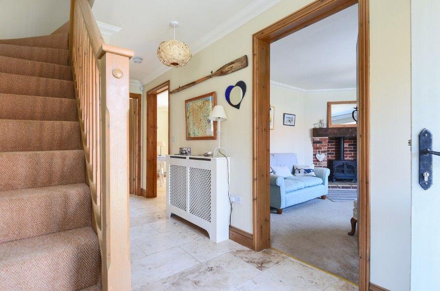 Honeysuckle Cottage |