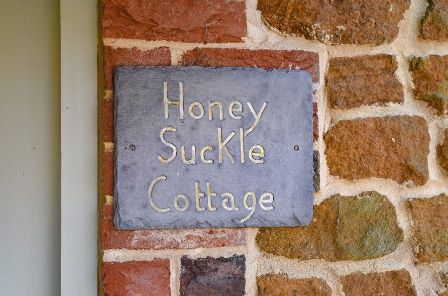 Honeysuckle Cottage |