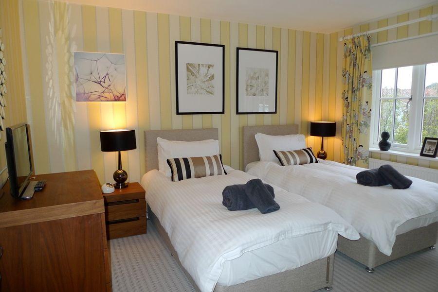 Mallards 2 bedrooms | Bedroom 1 as twin