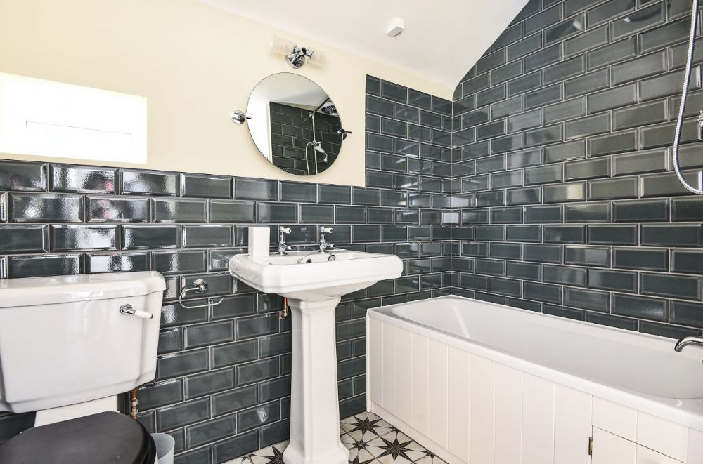 Shingle Cottage | Utility/Boot Room/Shower Room