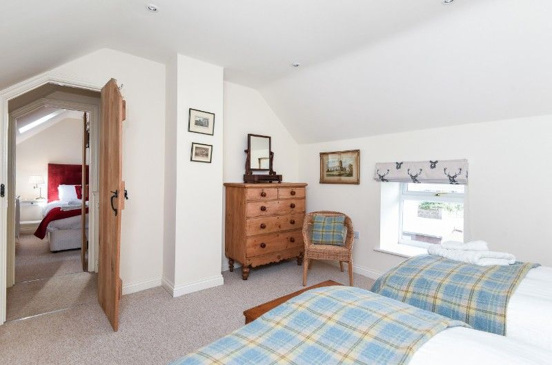 Hill Top | Twin room