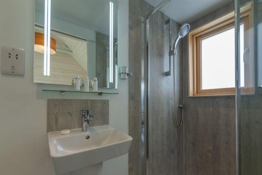 Ground floor: Second bedroom en-suite shower room