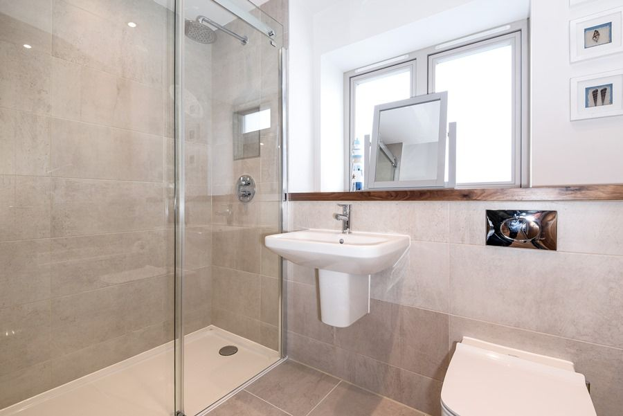 Sandpiper 2 bedrooms | Shower room