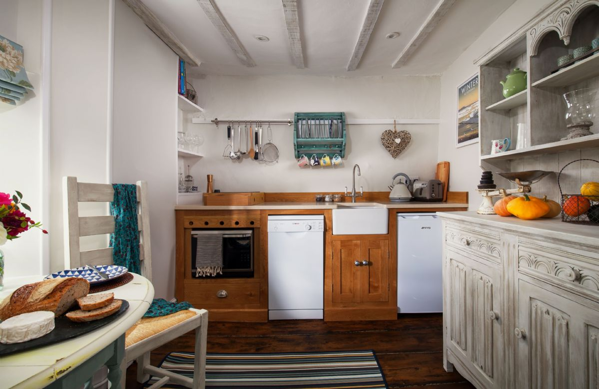Mid floor: Fully equipped kitchen with many original features