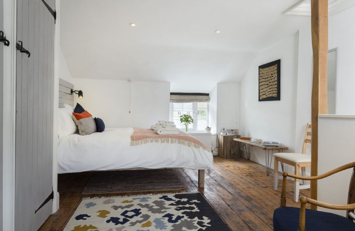 Second floor: Large double bedroom with a king size bed for relaxing in