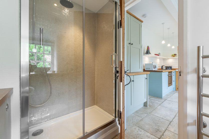 Ground floor: Shower room (off kitchen)