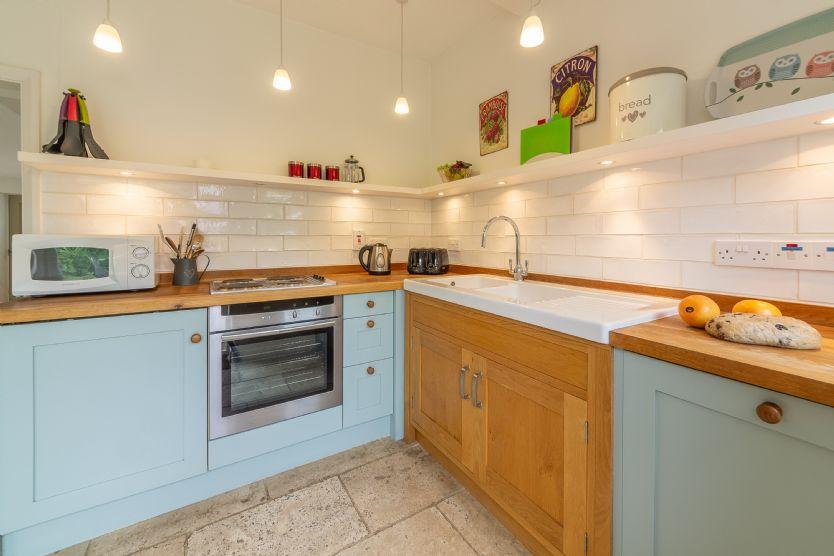 Ground floor: Kitchen with underfloor heating