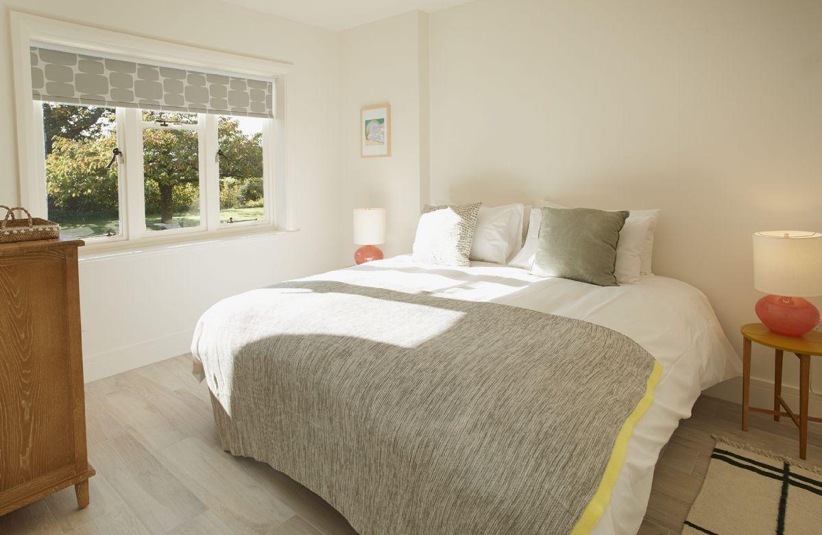 Ground floor: King size zip and link beds with en-suite bathroom