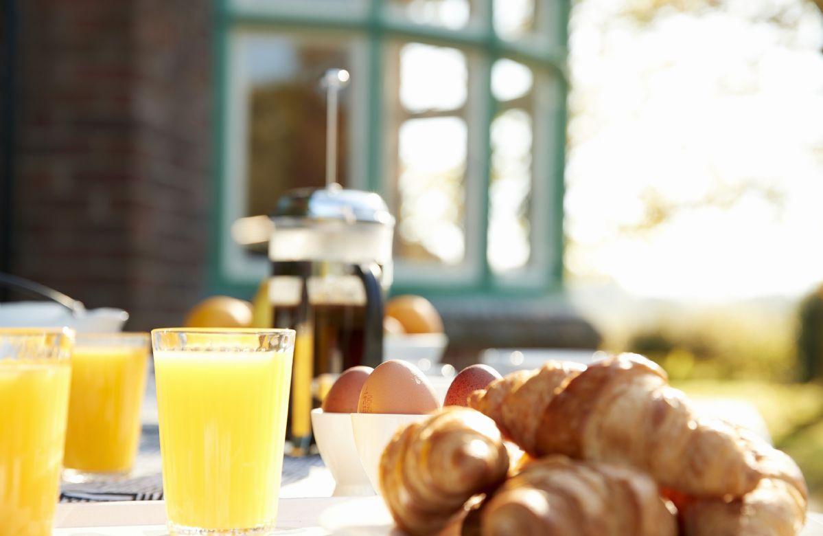 Enjoy a delicious breakfast outside al fresco!