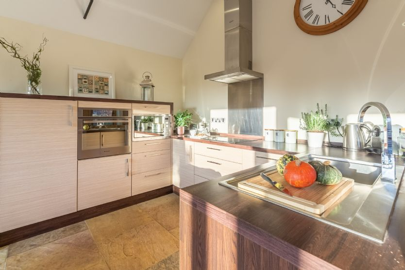Ground floor: Kitchen area is well-equipped