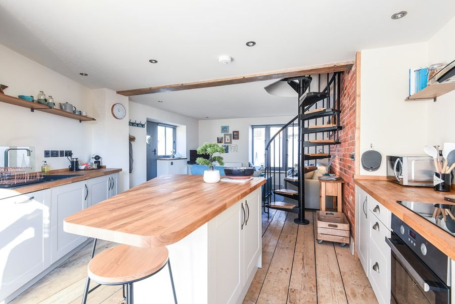 Star Cottage | Kitchen