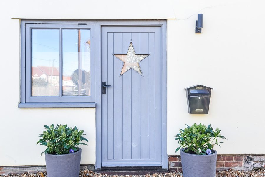 Star Cottage | Star door