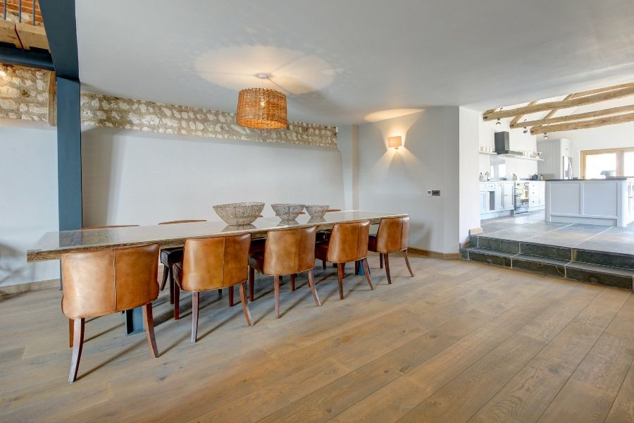 Lancaster Barn | Dining table