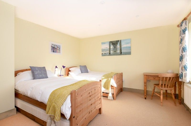 3 Links Court | Bedroom 2