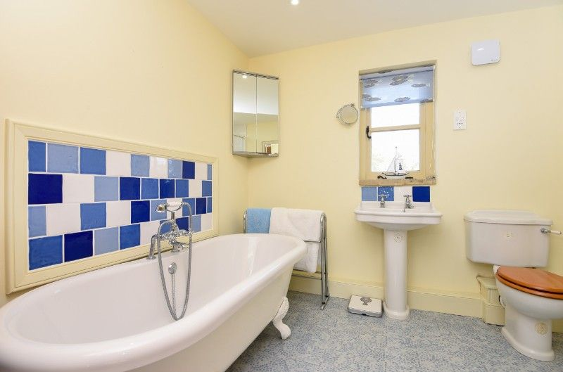 3 Links Court | En-suite Bathroom