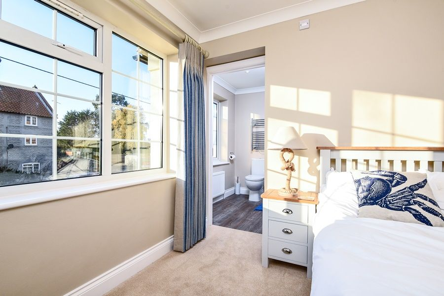 Orchard House Docking | Bedroom 1