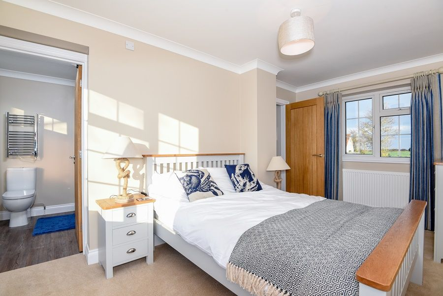 Orchard House Docking | Bedroom 1 with ensuite