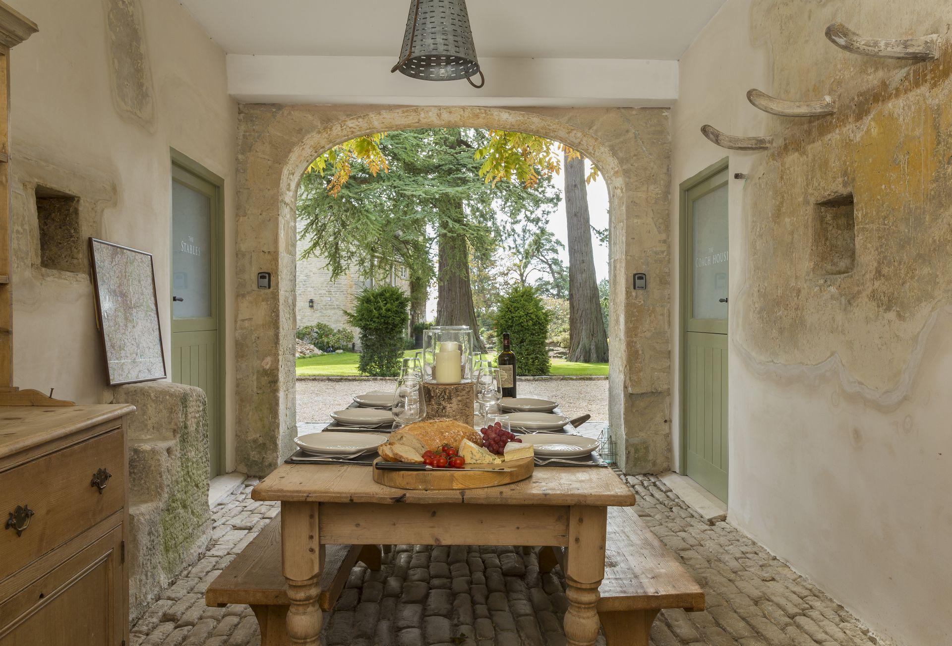 Groups of eight staying at both The Stables and The Coach House can enjoy alfresco dining together
