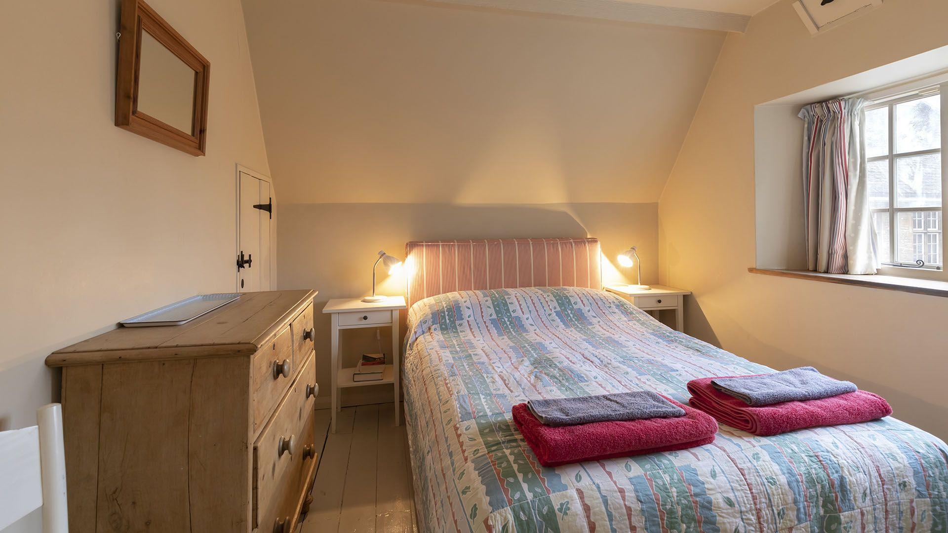 Bedroom 3, double, Church Cottage, Bolthole Retreats