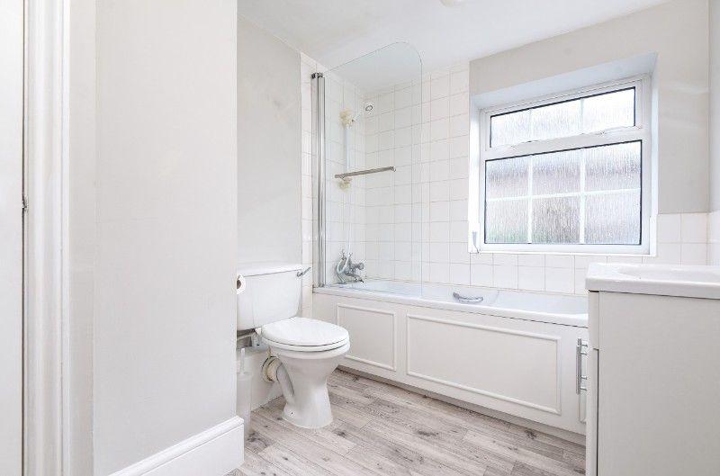 Wentworth Retreat | Bathroom