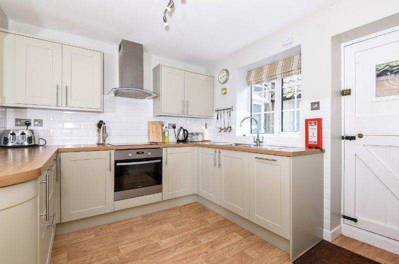 Wentworth Retreat | Kitchen