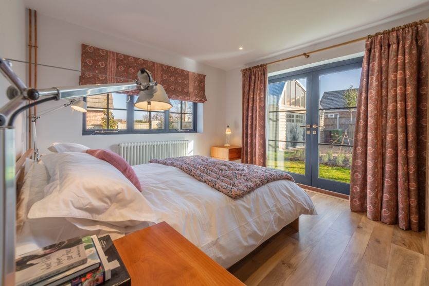 Ground floor: Bedroom 2