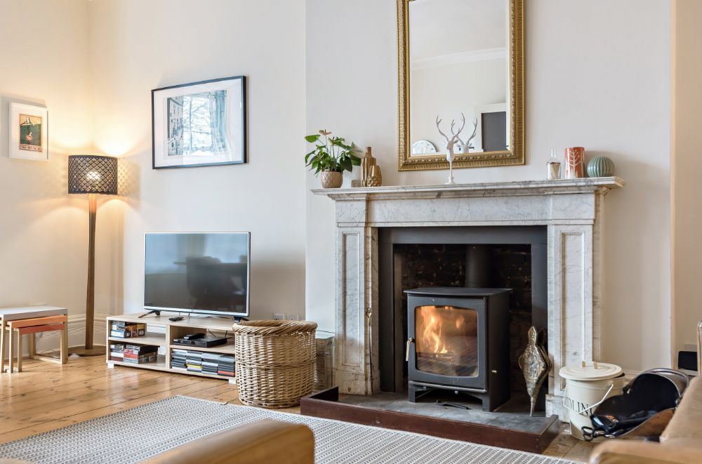 Monteagle Garden Flat | Fireplace