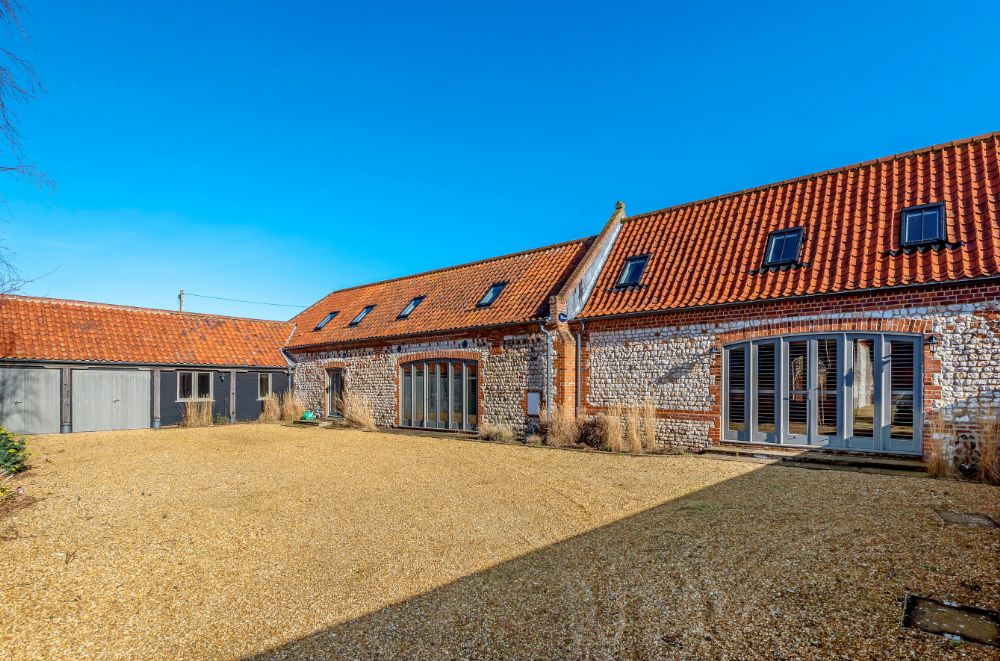 3 Marshland Barns | Outside with parking space