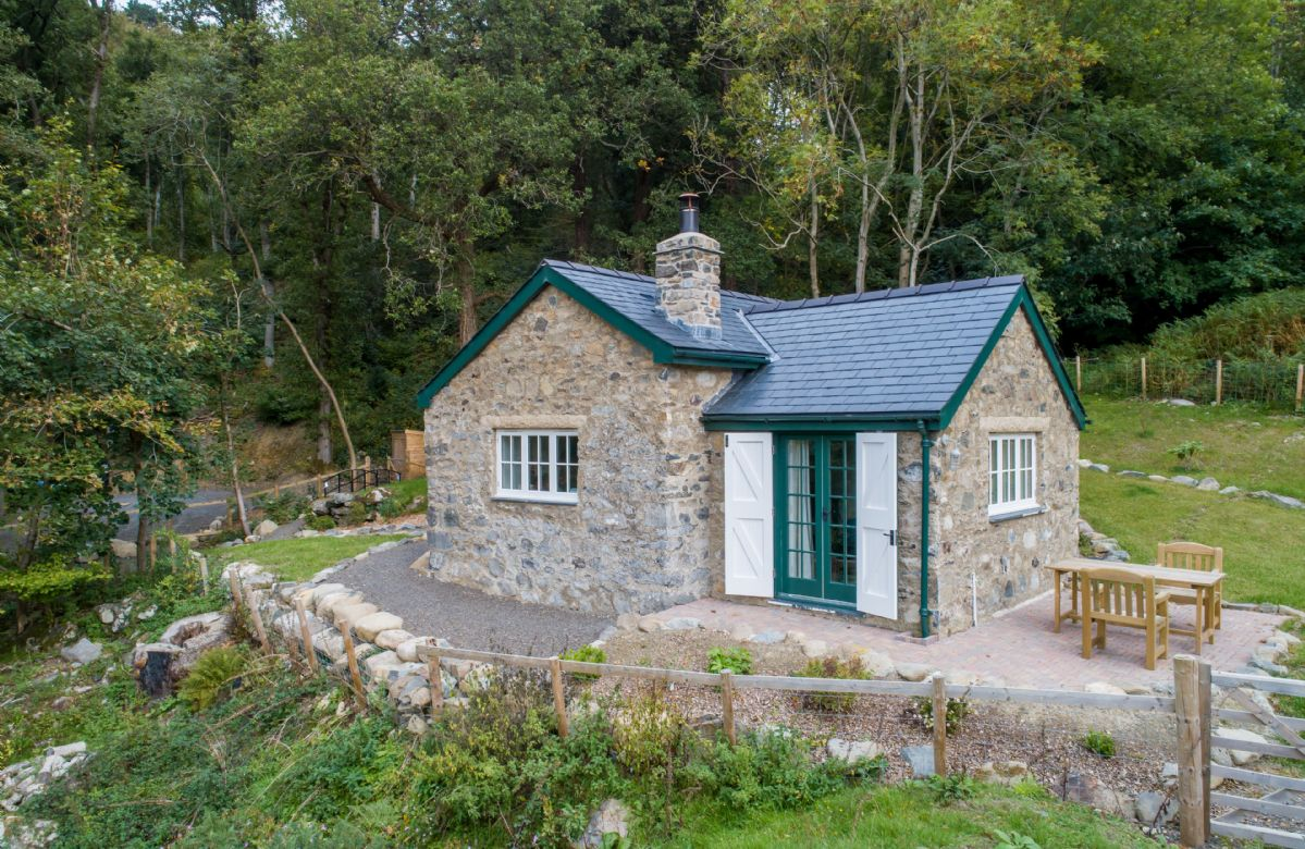 The perfect romantic retreat in the Welsh countryside