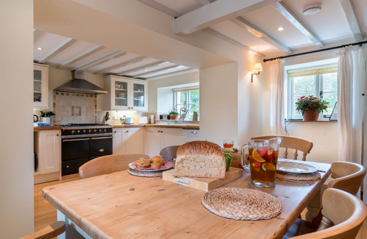 Ground floor: Open plan kitchen and dining table with lots of natural light