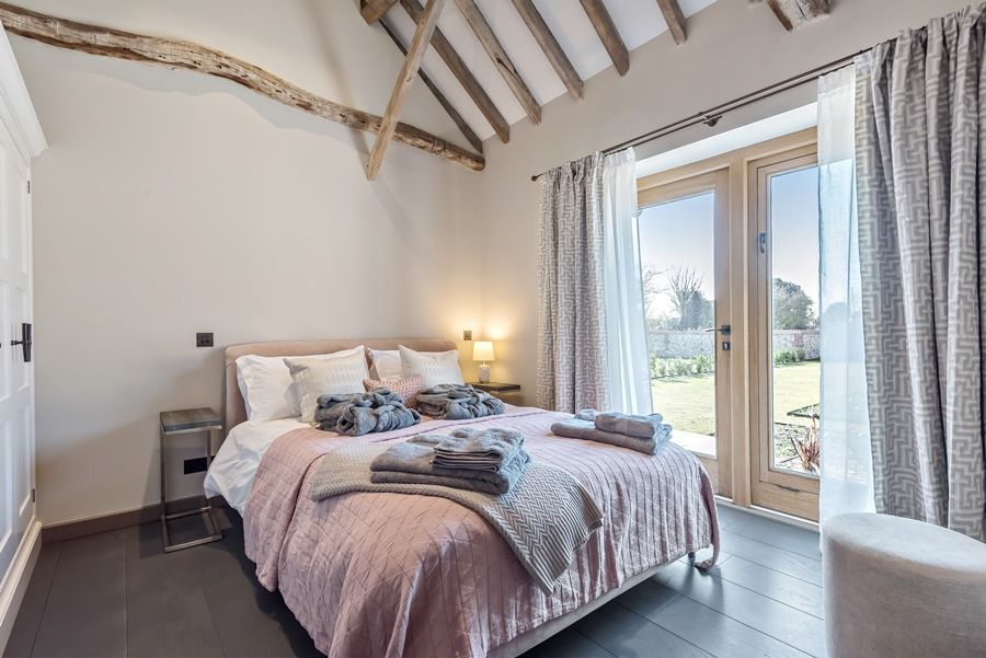 Beacon Hill Barn | Bedroom 6