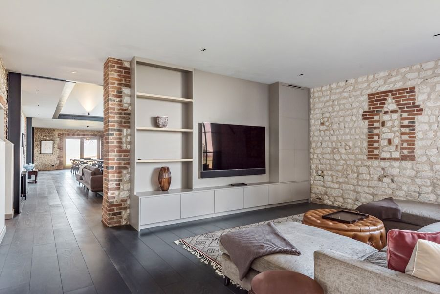 Beacon Hill Barn | TV area