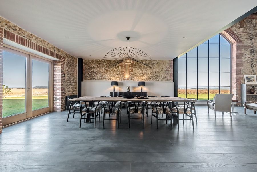 Beacon Hill Barn | Dining area views