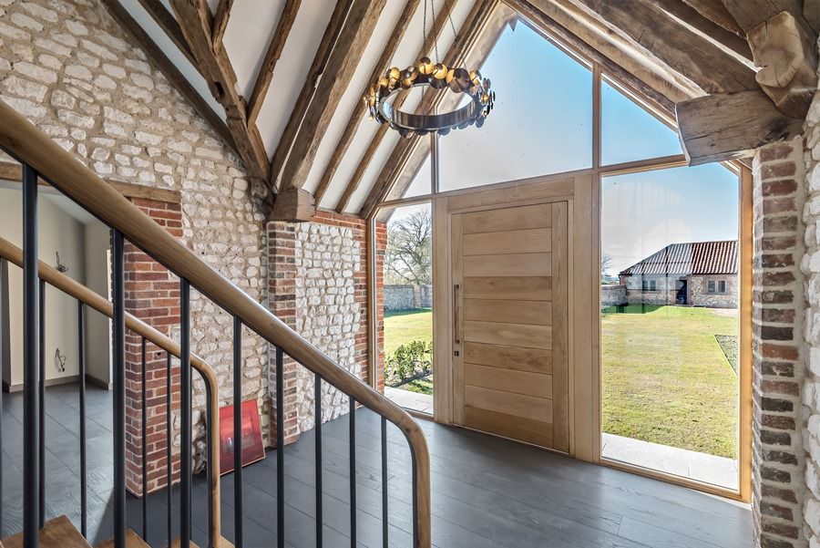 Beacon Hill Barn | Entrance hall